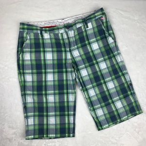 PINK Victoria's Secret Plaid Bermuda Shorts Sz 8